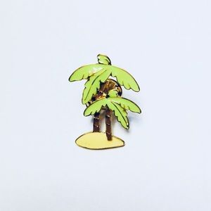NWT Bright Palm Trees Enamel Pin